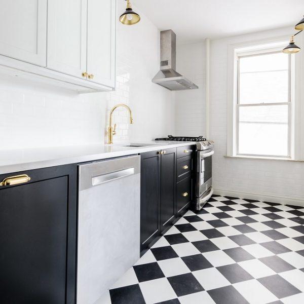 6 pomysłów na nietypową podłogę w kuchni